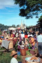 to Jpeg 94K Rotating five day market in Kalaw, southwestern Shan State