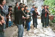 Jpeg 42K Side comb Miao musicians performing for us during our visit to Long Dong village, De Wo township, Longlin country, Guangxi province 0010f07.jpg