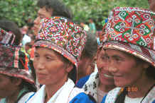 Jpeg 43K White Miao from Ma Wo and villages nearby, White Miao women, Ma Wo village, Zhe Lang township, Longlin county, Guangxi province 0010k04.jpg