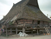 to 37Kb gallery of Karo Batak traditional Architecture