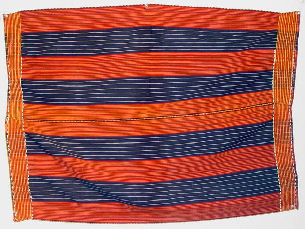 70K Jpg 16 - Gadang woman's cotton wrap-around skirt, Paracelis Mountain Province, Northern Luzon, early 20th century. 75 cm x 105 cm