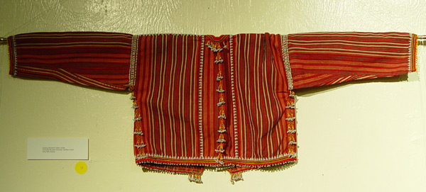 66K Jpg 17 - Gadang woman's cotton jacket, Paracelis Mountain Province, Northern Luzon, early 20th century. 108 cm (incl. sleeves) x 31 cm