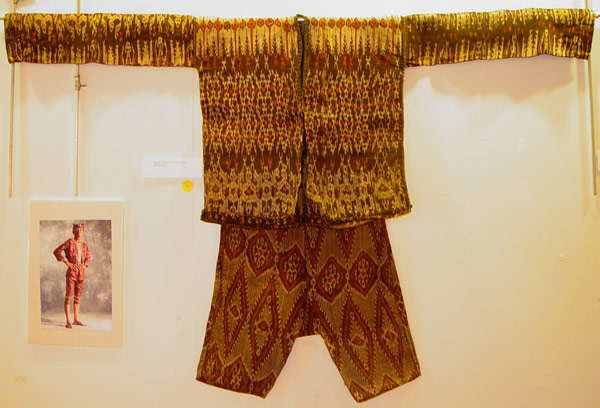 69K Jpg 22 - Bla'an (possibly T'boli) man's abaka and ikat jacket and trousers, Mindanao, early 20th century. Jacket 152 cm x 56 cm x 52 cm. Trousers 56 cm x 44 cm